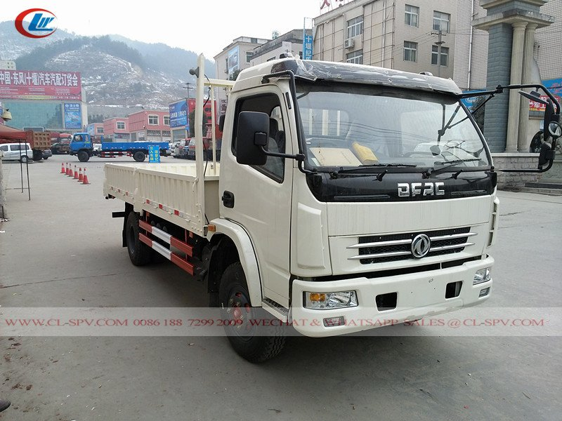 Dongfeng 4x4 cargo truck