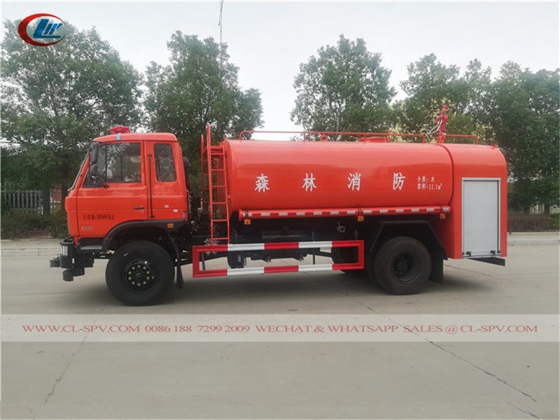 Dongfeng Four-wheel Drive Sprinkler