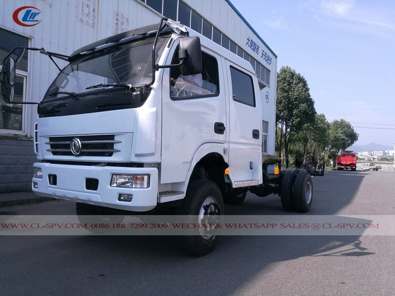 Dongfeng double row awd cargo truck